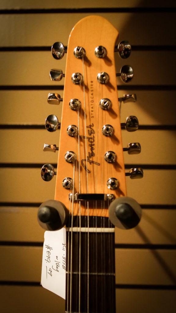 12-string-Strat-Head-576x1024