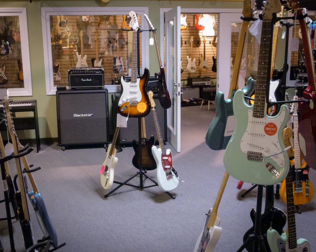 Student-Guitars-1024x819